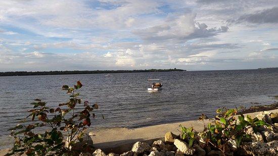 Cabilao Island, Filipinas: Strandansicht