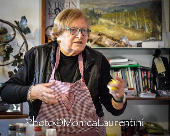 Giano dell'Umbria, Italy: La nonna Grazia