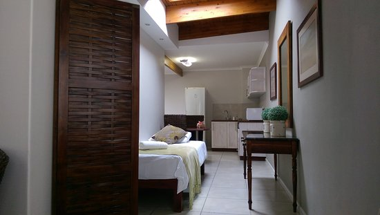 Cornerstone Guesthouse: IMAG4959_large.jpg