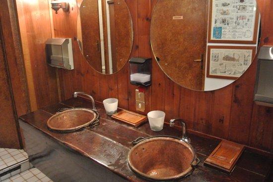 Antico Ristorante Agli Schioppi: toilette