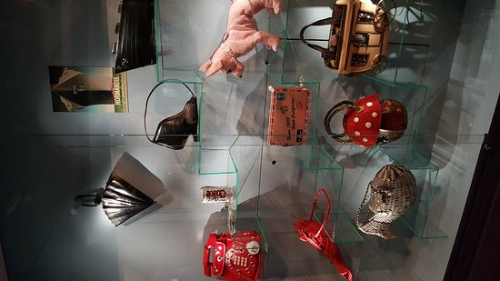 Museum of Bags and Purses: 20161104_145642_large.jpg