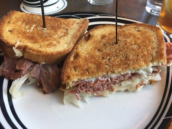 Sterling's Famous Steak Seafood & Salad Bar: Reuben Sandwich
