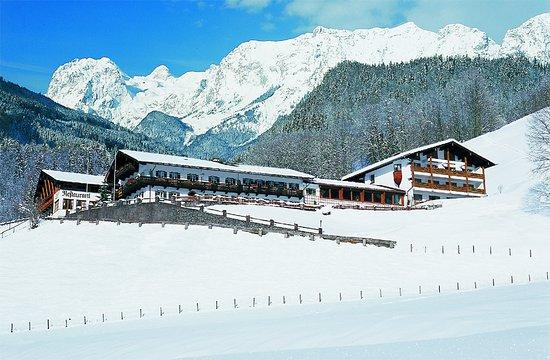 BEST WESTERN PLUS Berghotel Rehlegg: Außenansicht Winter