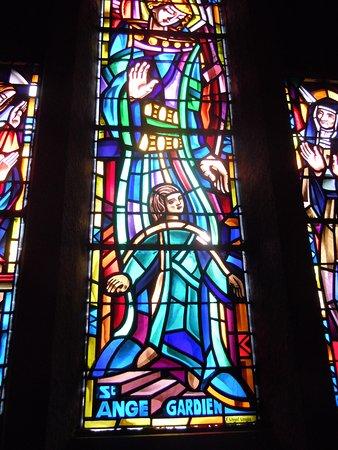 Vitrail Saint Ange gardien