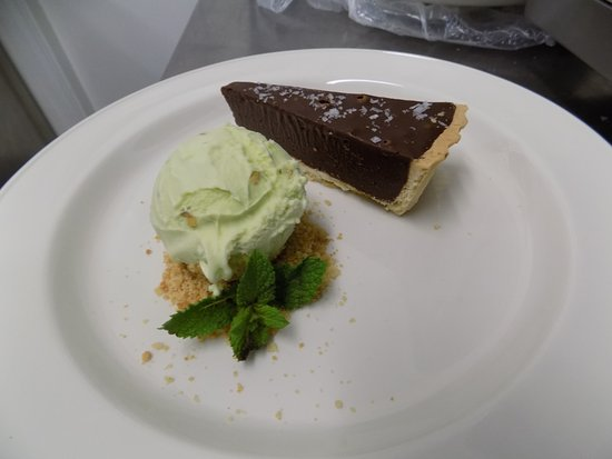 Widnes, UK: Rich Chocolate Tart, Pistachio Ice Cream, Sea Salt