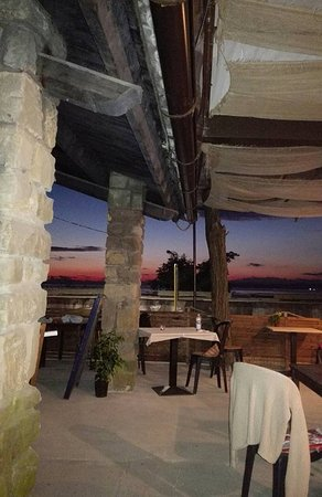 Muggia, Italia: tramonto estivo