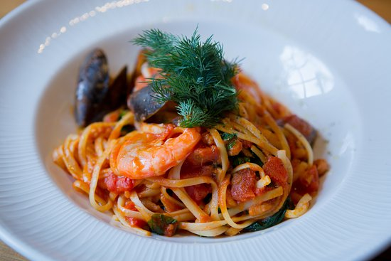 Long Stratton, UK: seafood linguine