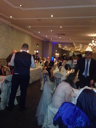 Birr, Ireland: We went to a family wedding 18th Nov it was fab  the hotel was lovely and the meal was really go