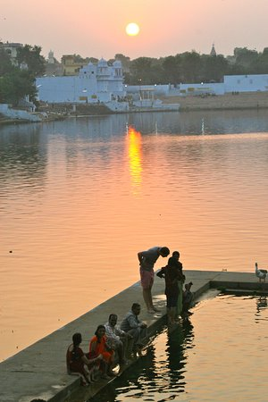 The Oberoi Rajvilas: Pushkar Lake