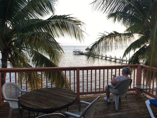 White Sands Inn: This is the view from room 7.