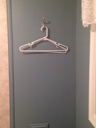 Stanley, VA: Missing robes that were promised. Still have the hangers though.