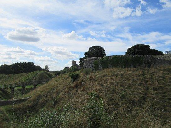 Castle Acre, UK: castle