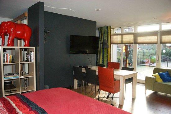 Maasland, Países Bajos: familiekamer met terras en eigen badkamer 4 slaapplaatsen
