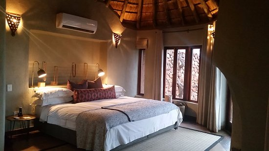 Madikwe Safari Lodge: view of the room