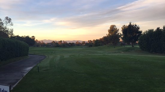 Fontana, Καλιφόρνια: First fairway at dawn