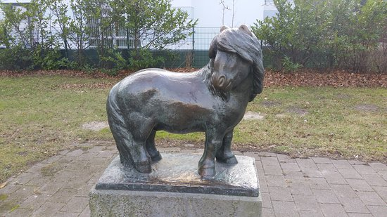 "Skulptur ""Pony"""