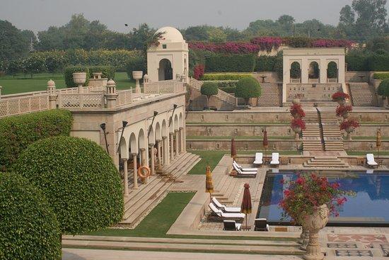 The Oberoi Amarvilas: Oberoi amazing luxury pool