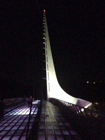 Sundial Bridge: view 2