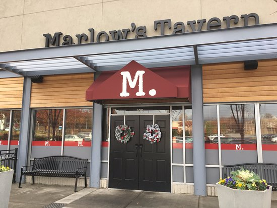 Marietta, Georgien: Front Entrance to Marlow's on Sandy Plains and Shallowford Roads