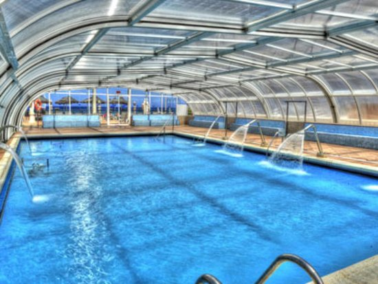 Piscina climatizada brisa marina fotograf a de hotel entremares la manga del mar menor - Hoteles con piscina climatizada en madrid ...