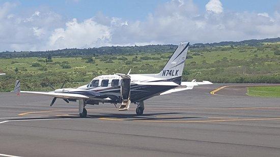 Ka'anapali, HI: A super clean and smooth flight on board this Piper Navajo.