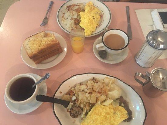 West New York, NJ: breakfast