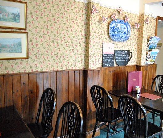 The Village Tea Rooms: Cream Tea!