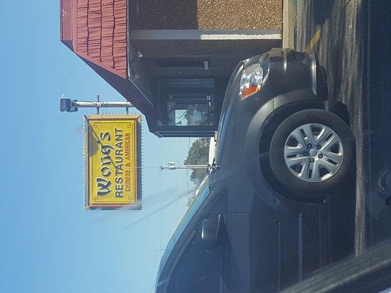 Κλίντον, Οκλαχόμα: Wong's