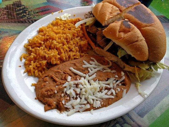 Wentzville, MO: Los Portales Mexican Restaurant