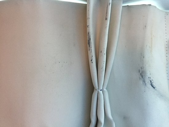 Seaside, CA: replace these curtains