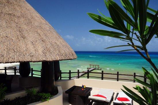 El Taj Oceanfront & Beachside Condos Hotel: View from Condo 339