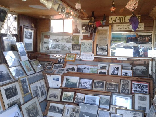 Pewsey, UK: Quirky Photo Museum, Honeystreet