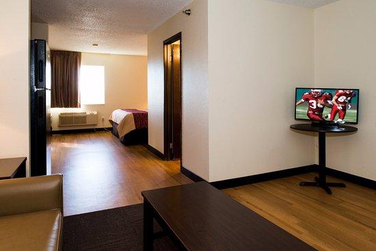 Red Roof Inn Amp Suites Omaha Council Bluffs 64 ̶7̶7̶