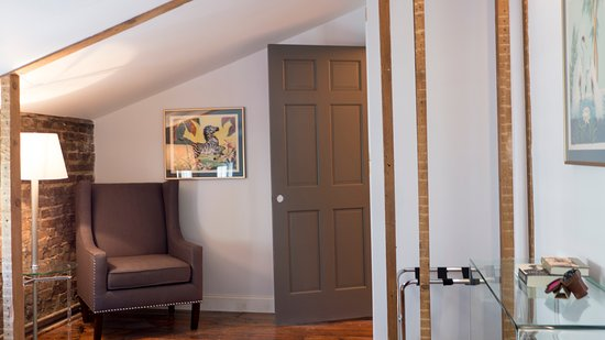 Kingston, Nova York: Details and reading nook in Amelia