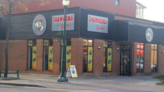 Brockville, Kanada: Shawarma Garden Exterior