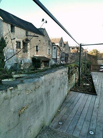Chablis, Francja: Fotor_148035296297426_large.jpg
