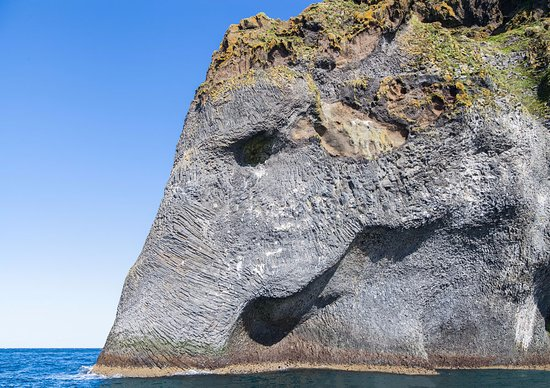 Vestmannaeyjar, Iceland: The biggest elephant in the world !