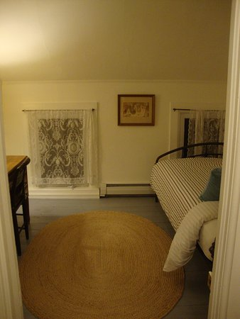 Bennington, VT: Spare bedroom
