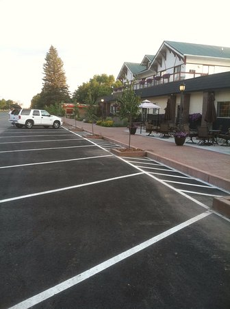 Three Forks, MT: Easy, Complimentary Parking