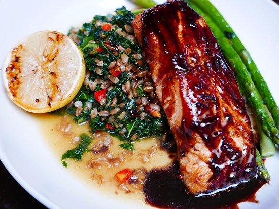 mill street brew pub grilled triyaki salmon steak