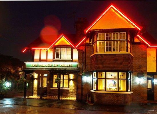 Uxbridge, UK: getlstd_property_photo