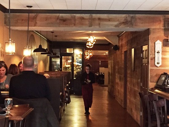 Medina, OH: looking from bar area to rear dining