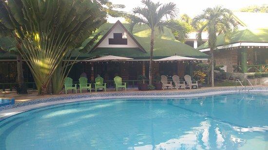 Dumaluan Beach Resort