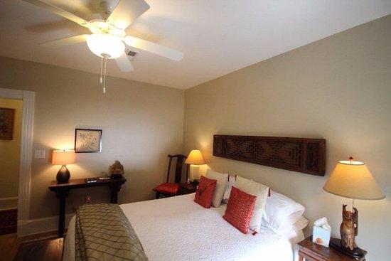 The Inn at Onancock: Far East angle 2