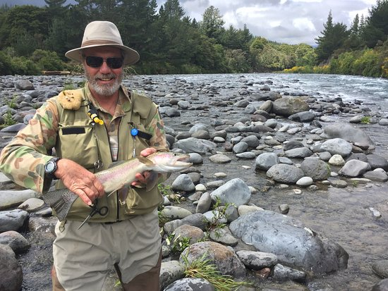 TroutBeck Fishing Lodge: Tongariro River Rainbow 2.75 lbs