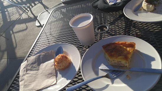 Nederland, CO: quiche lorraine and coconut cake very tasty