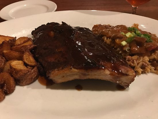 Highland Park, IL: All you can eat ribs and jambalaya on Tuesdays