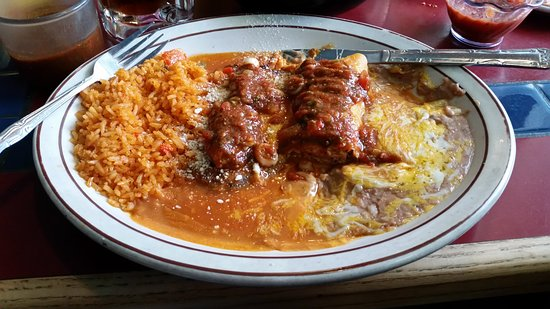 Oak Grove, ออริกอน: Chile Relleno and Chicken Enchilada