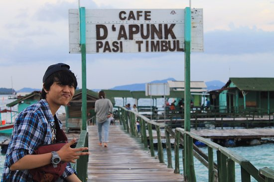 Lampung, Ινδονησία: cafe d'apunk pasir timbul