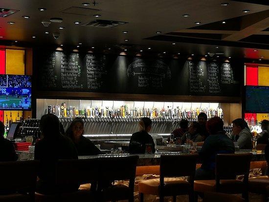 Mescalero, Nuevo Mexico: Tap bar